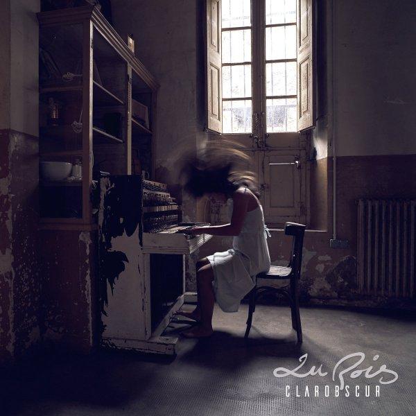 "Portada del CD ""Clarobscur"" de Lu Rois"