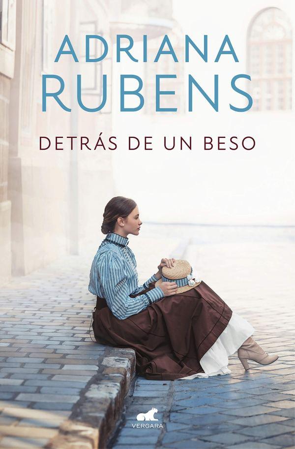 Portada de la novel·la Detrás de un beso d'Adriana Rubens